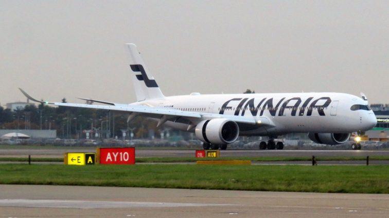 Unul din motoarele primului Airbus A350-900 XWB al Finnair a fost avariat din neatenție pe aeroportul din Helsinki