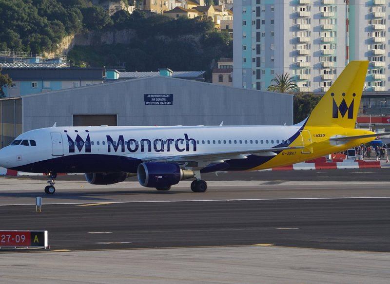 Activitatea Monarch Airlines a fost suspendată; peste 300 mii de zboruri și pachete de vacanță anulate