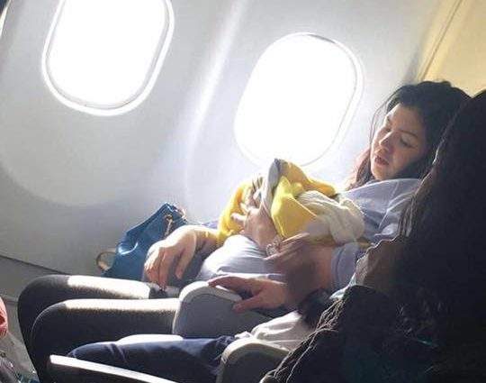O femeie a născut la bordul unei aeronave Cebu Pacific
