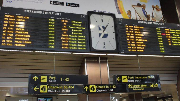 Precizările Companiei Naționale Aeroporturi București cu privire la întârzierile din această dimineață de pe aeroportul Otopeni