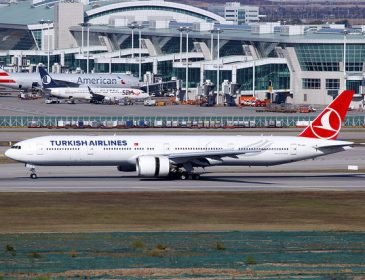Decolare B777 Turkish Airlines la Istanbul