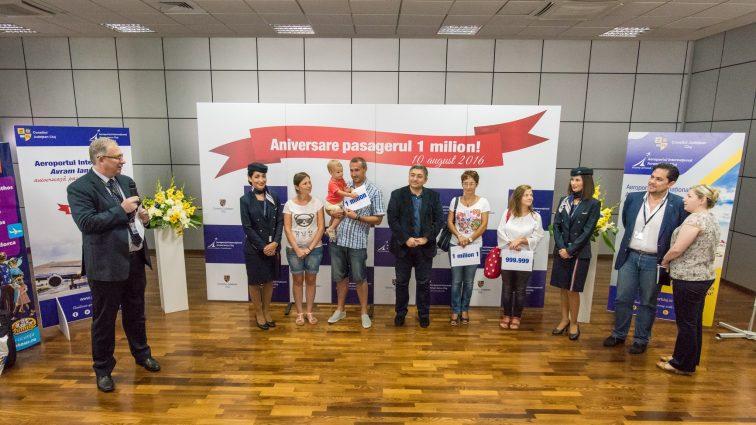 """Aeroportul Internațional """"Avram Iancu"""" Cluj a sărbătorit 1 milion de pasageri în 2016"""