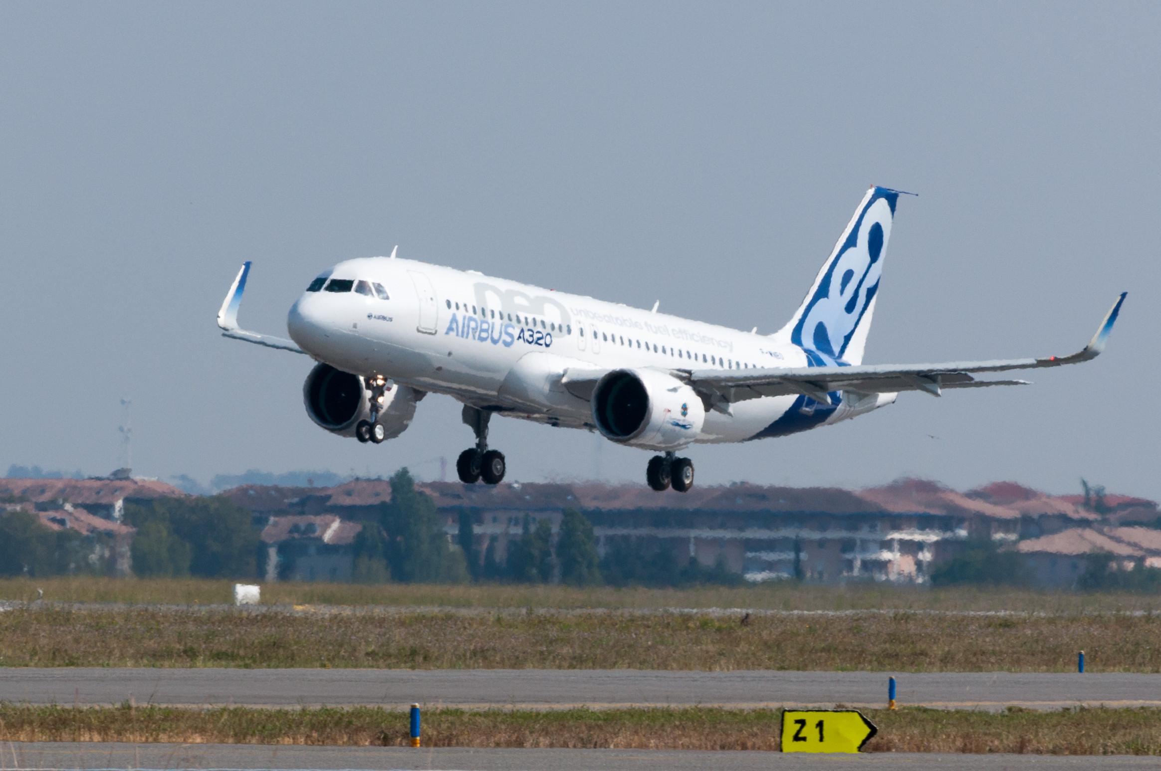 Compania Lufthansa a recepționat primul model din seria A320neo
