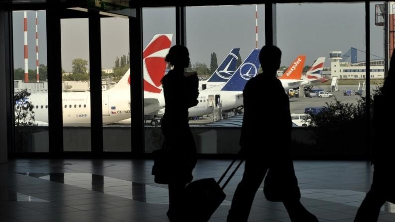 Grevă de avertisment vineri, pe Aeroportul Otopeni