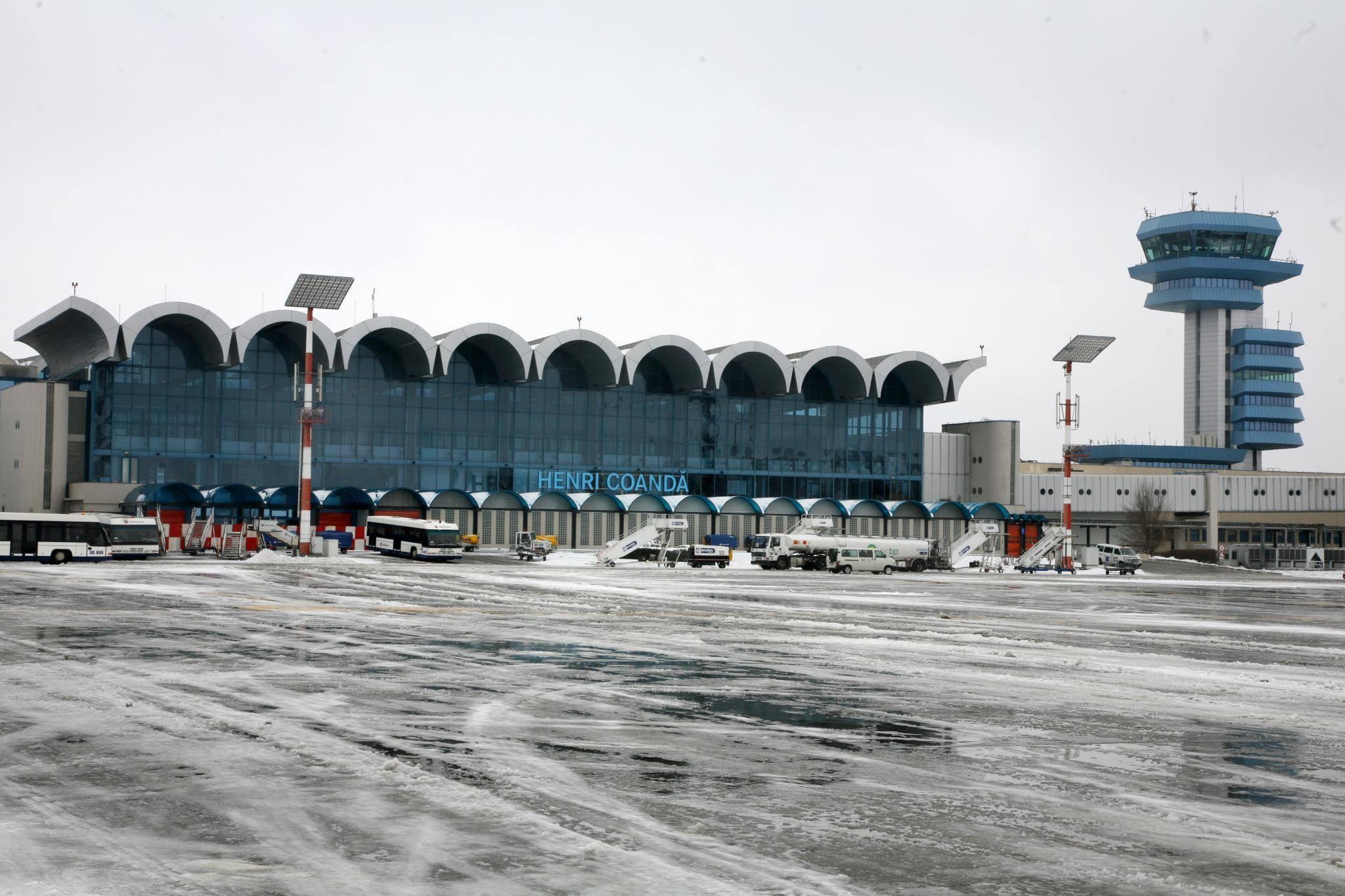 Duminică au fost anulate trei curse aeriene pe Aeroportul Internaţional Henri Coandă Bucureşti