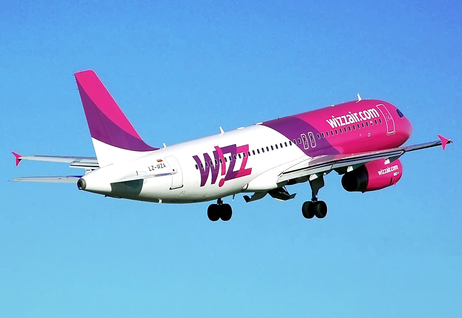 Compania Wizz Air își anunță planurile pentru România în anul 2016