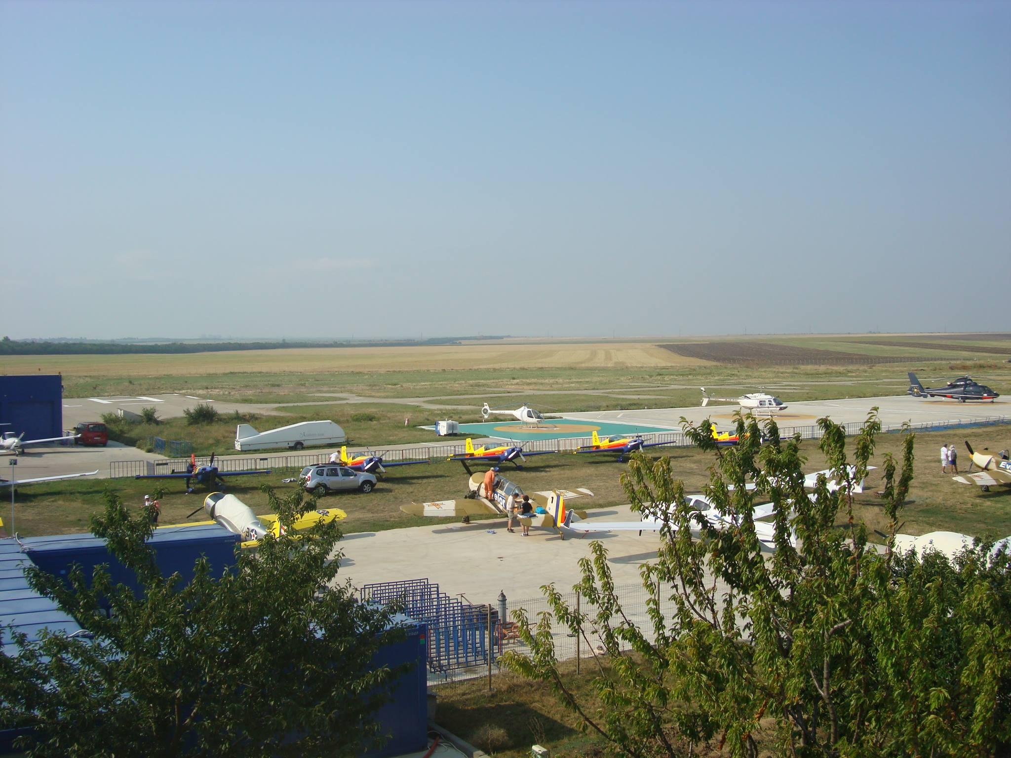 Creştere spectuloasă a traficului de călători pe Aeroportul Tuzla în anul 2015