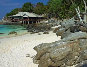 Alte 3 insule Tailandeze se închid datorită deteriorării cu până la 80% a recifului de corali