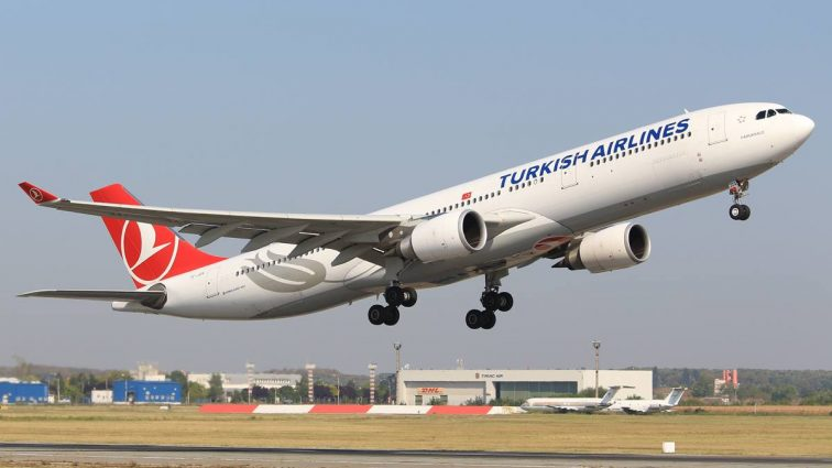 Două din cele 3 zboruri zilnice Turkish Airlines de pe ruta București – Istanbul vor fi servite cu Airbus A330
