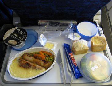 British Airways reduce serviciile alimentare pentru pasageri în timpul zborurilor
