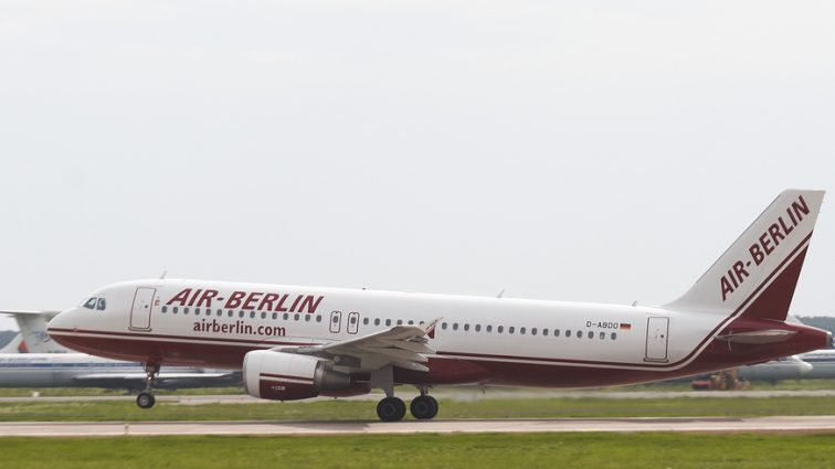 Air Berlin îmbunătățește condițiile de la bord pentru pasagerii zborurilor pe distanțe scurte