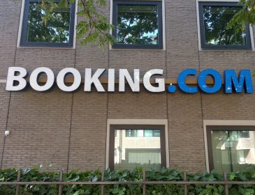 Booking.com a adăugat proprietatea cu numărul 1.000.000