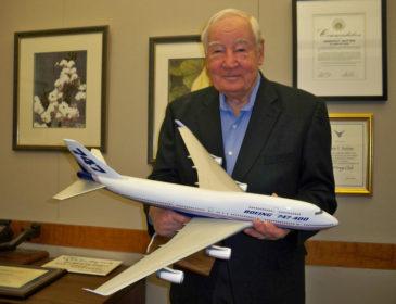 """Joe Sutter """"părintele"""" Boeing 747 s-a stins din viață astăzi, la vârsta de 95 de ani"""