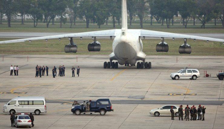 Aeronavă aparținând Delta Airlines a efectuat o aterizare din greșeală pe baza militară Ellsworth