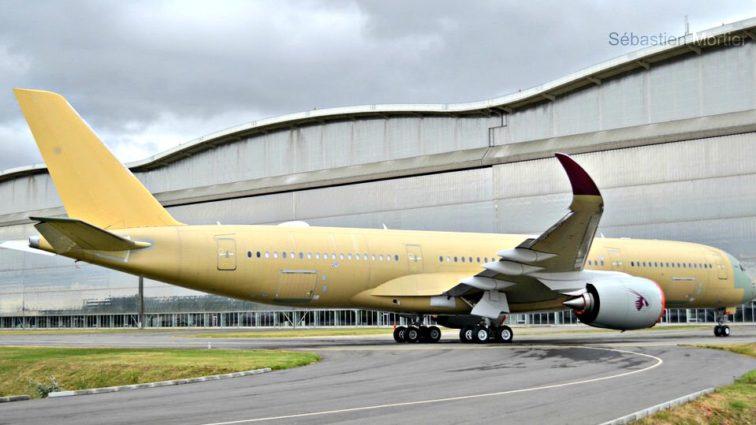 Qatar Airways anulează livrarea a patru Airbusuri A350 din cauza întârzierilor; două dintre ele erau deja pregătite pentru a fi livrate