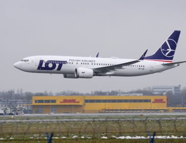 Primul Boeing 737 MAX 8 LOT Polish Airlines a ajuns la Varșovia (FOTO/VIDEO)