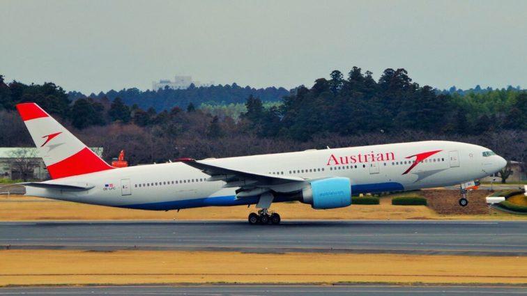 Un Boeing 777 Austrian Airlines a aterizat de urgență la Istanbul din cauza problemelor la un motor