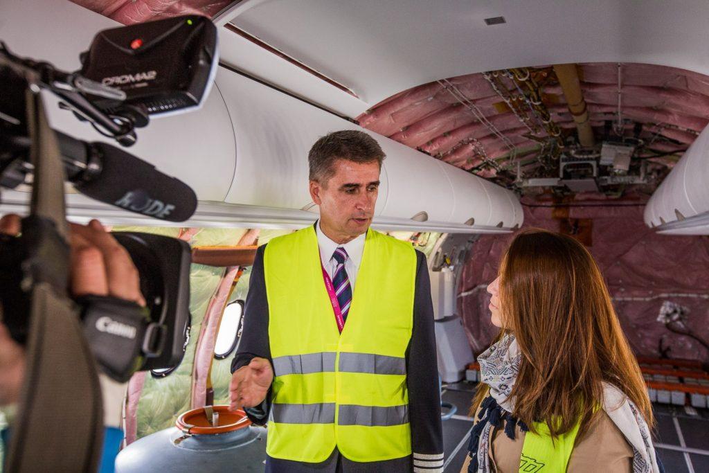 Pilotul Șef Wizz Air, Zoltan Szabo, prezintă Airbus A321neo