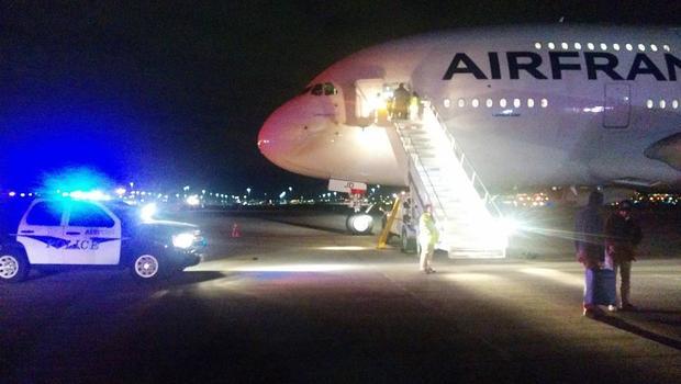 Un pasager a încercat să incendieze o aeronavă aparținând Air France