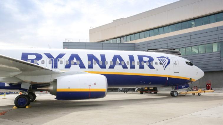 Ryanair a recepționat marți al 450-lea avion Boeing 737