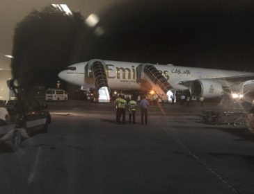 INCIDENT: Un Boeing 777-300ER al Emirates s-a întors în Male (Maldive) la numai 21 de minute de la decolare (FOTO & VIDEO)