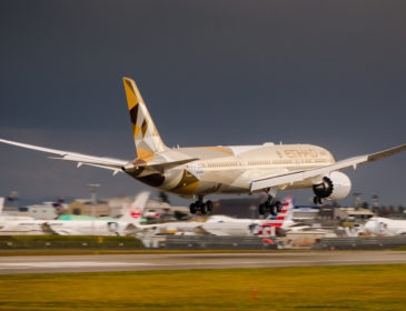 Etihad Airways va opera zborurile către Tokyo cu Boeing 787 Dreamliner