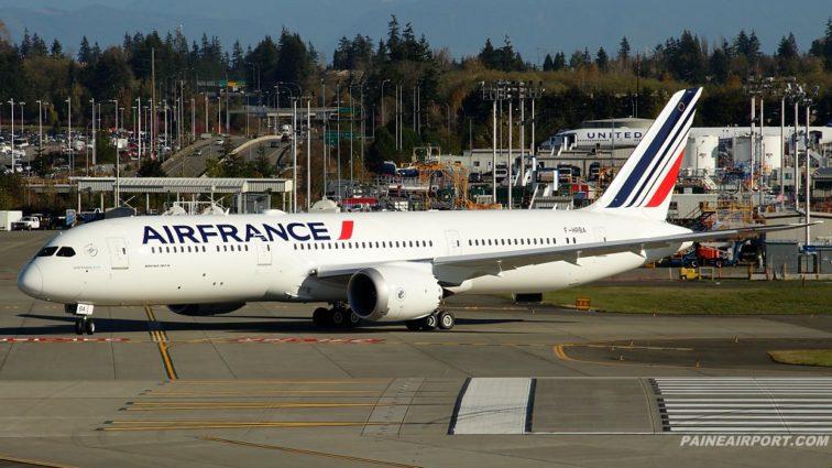 Air France va opera 4 zboruri speciale cu primul său Boeing 787 Dreamliner; prețuri de la 250EUR