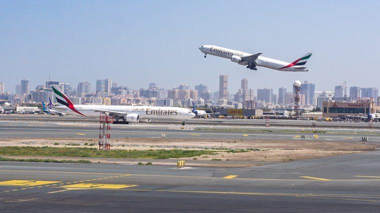 Spațiul aerian din jurul aeroportului internațional din Dubai (DXB) a fost închis din cauza unei drone
