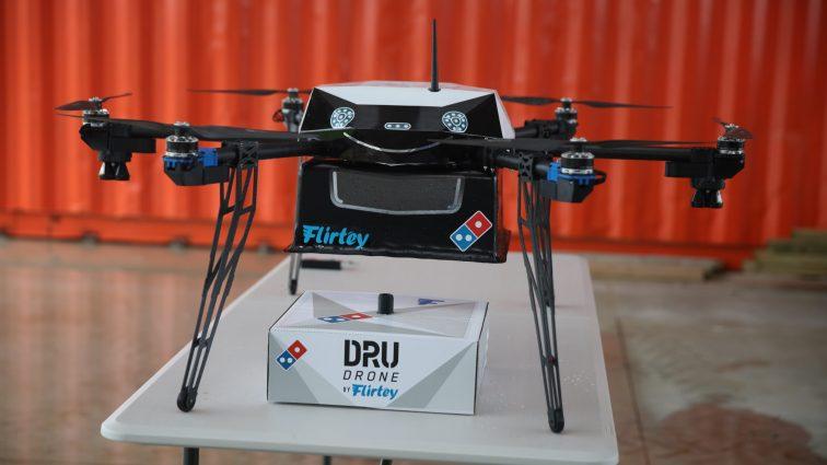 Domino's Pizza anunță că va livra pizza folosind drone