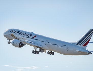 Rezervă acum bilete pentru zborurile speciale cu primul Boeing 787 Dreamliner al Air France
