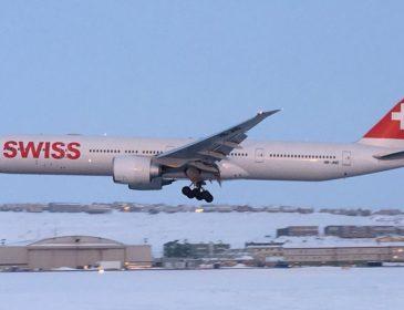 Un Boeing 777-300ER Swiss care zbura de la Zurich către Los Angeles a aterizat de urgență la Iqaluit, Canada (FOTO & VIDEO)