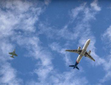 Cel mai nou avion produs în Rusia a zburat astăzi la Irkutsk pentru prima dată (FOTO & VIDEO)
