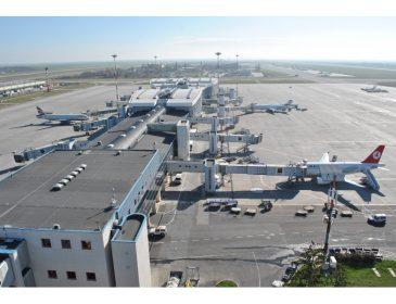 CNAB anunță trafic aerian record în primele 6 luni pe aeroporturile din București