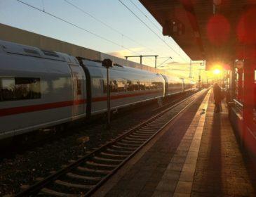 Cum să ajungi la mare vara aceasta: Trenurile Soarelui 2016