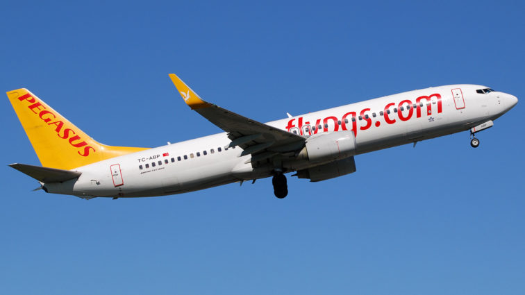 Blue Air va recepționa după sărbătorile pascale două Boeinguri 737-800NG de la Pegasus; au numai șapte ani vechime