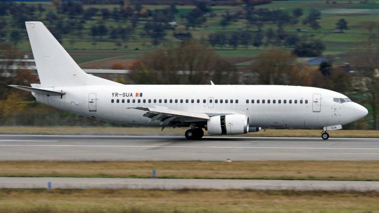 Boeingul 737-300 al Fly 365 (operator român) a aterizat la Munchen din cauza unor probleme la unul din motoare